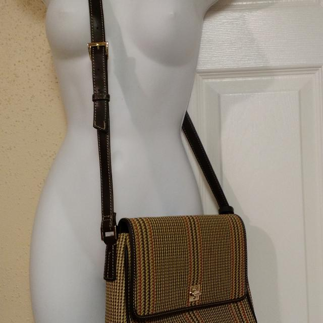 79b3608bf Find more Liz Claiborne Crossbody Bag for sale at up to 90% off