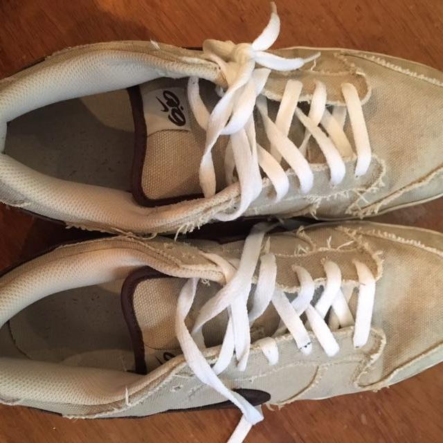 fc1a5fc3ded74 Find more Nike 6.0 Tan Tennis Shoe- Men s Size 10.5 for sale at up ...