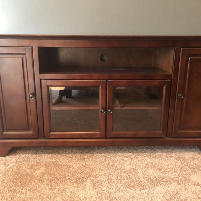 Find More Very Nice Entertainment Center From Art Van In Perfect
