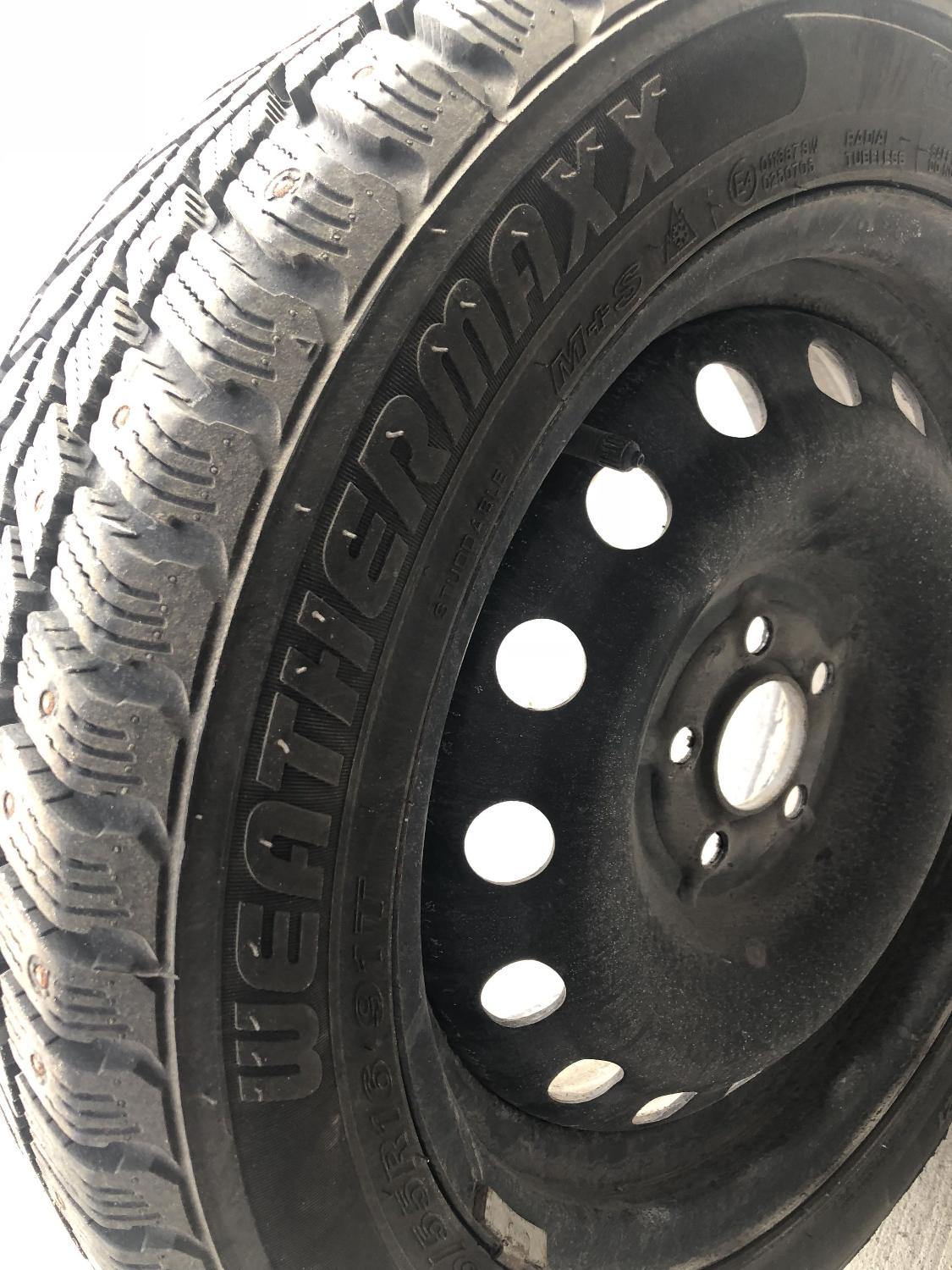 Tires 205 55R16 >> Weathermaxx Studded Arctic Winter Tires 205 55r16 On Rims