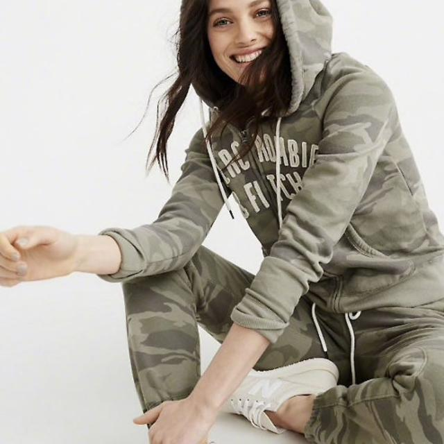a1831fa4661 Find more Veuc S Abercrombie & Fitch Camo Hoodie for sale at up to ...