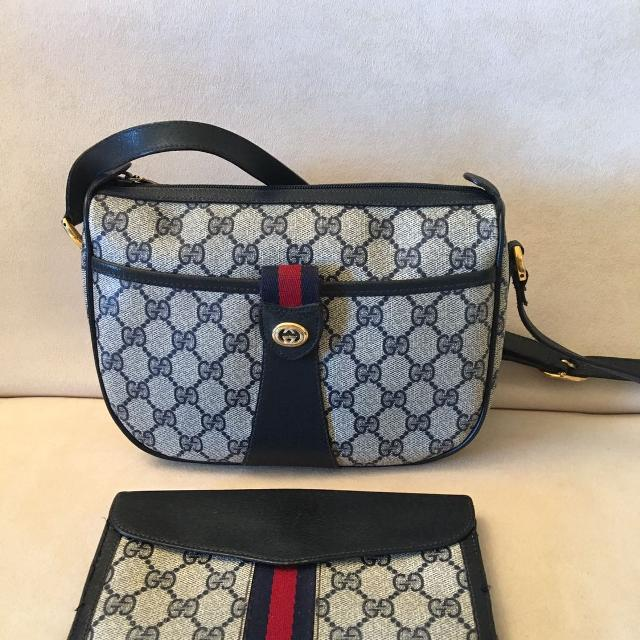 69f05fe41b4 Find more Authentic Vintage Gucci Crossbody Bag And Matching Wallet ...