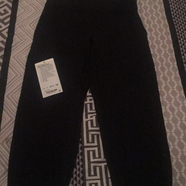 c86f1bc64 Find more Lulu Lemon Align Crop Joggers for sale at up to 90% off