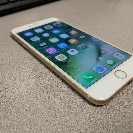 iPhone 6 Plus 16GB Gold Factory Unlocked for sale  Canada