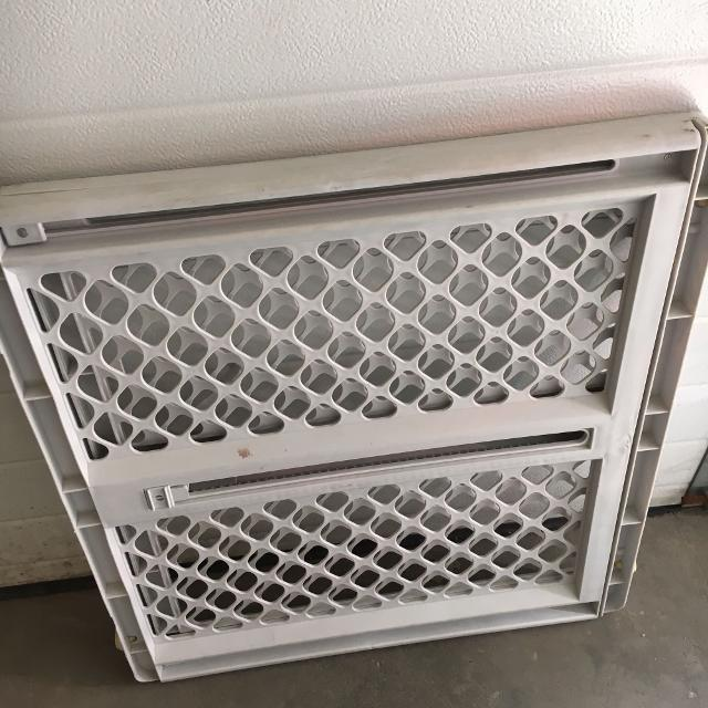 Best Baby Gate For Sale In Calgary Alberta For 2018
