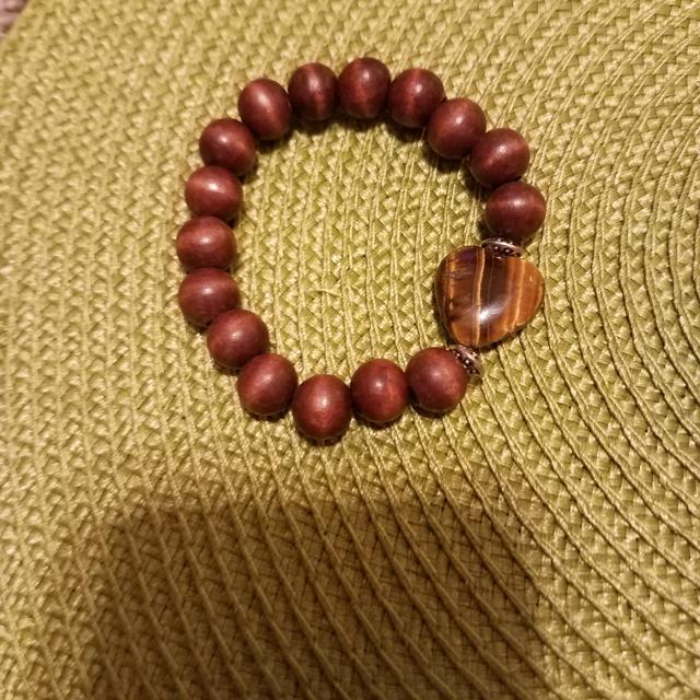 8 Inch Wooden Beads Bracelet Excellent Condition Smoke Free House