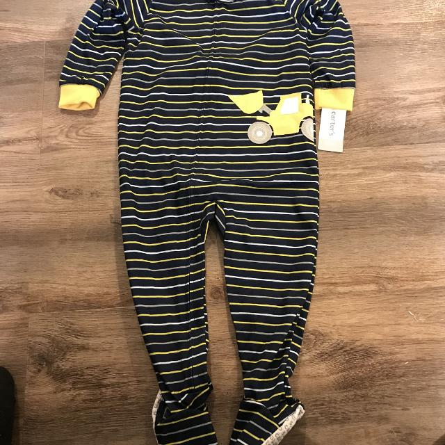 6a99e21b339e Find more Carter s Pjs (nwt) for sale at up to 90% off