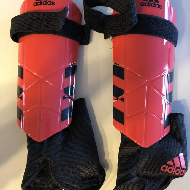 Best Adidas Soccer Shin Guards. Women s Medium for sale in Airdrie ... 9a49ad85d2