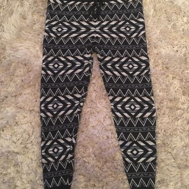 82d3665df4f4b Find more American Eagle Sweater Leggings for sale at up to 90% off
