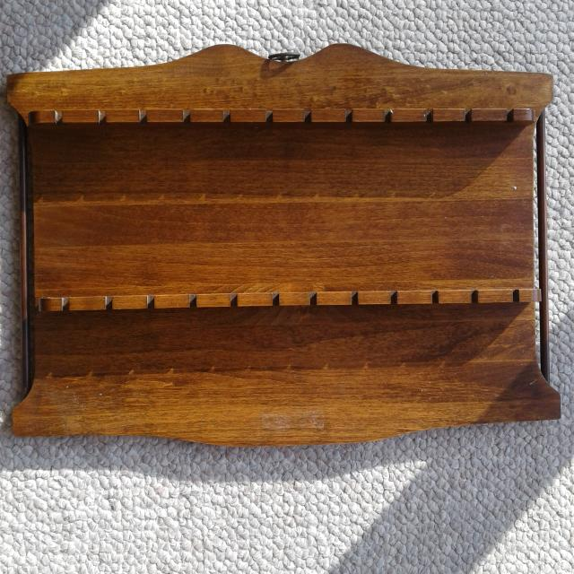 Thrifting with Boxwood and Spruce - Thrift with me Thursday - vintage spoon rack