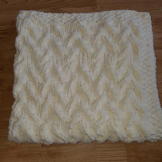 Best Knitted Baby Blanket For Sale In Pefferlaw Ontario For 2019