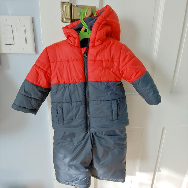 675d18d72 Find more Like New Joe Fresh Snow Suit 6 - 12m (8-10kg) for sale at ...