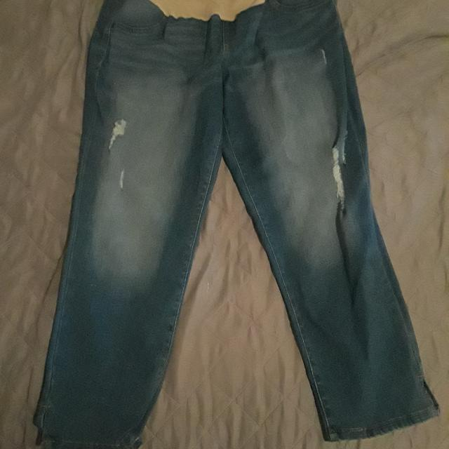a74fd461e4e5d Best Maternity Pants Need Gone!make Offer! for sale in Mobile, Alabama for  2019