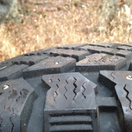 2 Snowtracker Pacemaker Studded tires for sale  Canada