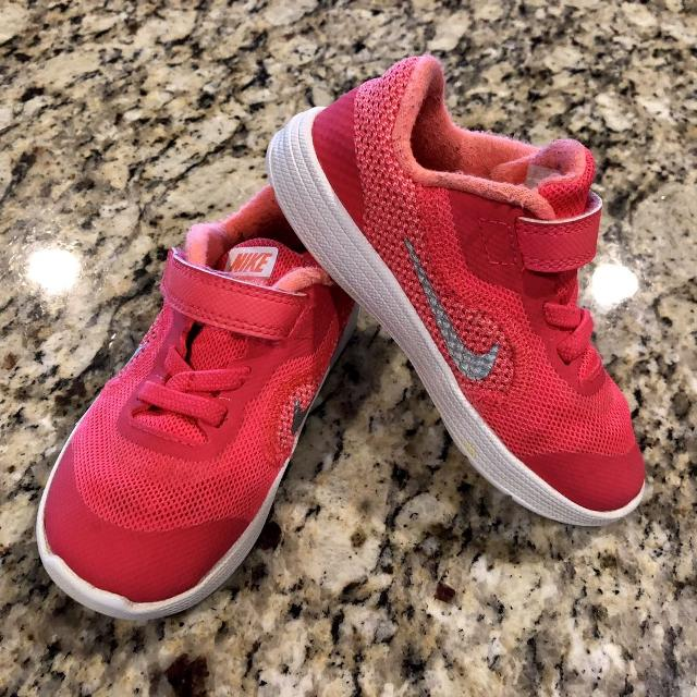 0e61e45afe Find more Toddler Girl Nike Tennis Shoes for sale at up to 90% off