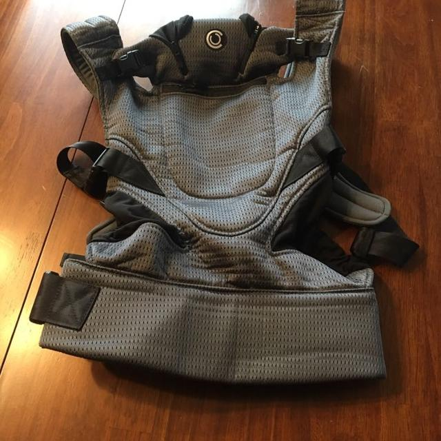 79ac2f15f83 Find more Contours Love 3 In 1 Baby Carrier for sale at up to 90% off
