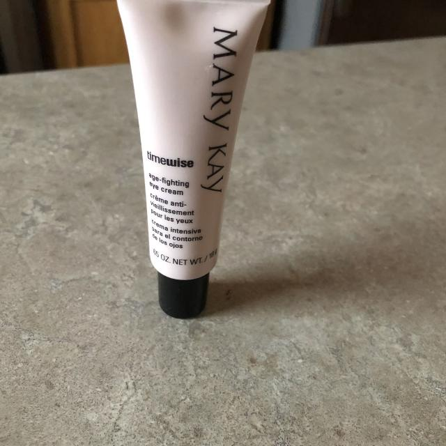 TimeWise Age-Fighting Eye Cream by mary kay #3