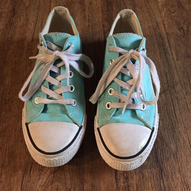 fb40fd0314fa Best Airwalk Teal Shoes Size 7.5 for sale in Jefferson City ...