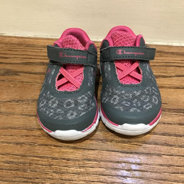 d3e3f82dd Find more Euc Champion Baby Running Shoes Size 3 for sale at up to ...