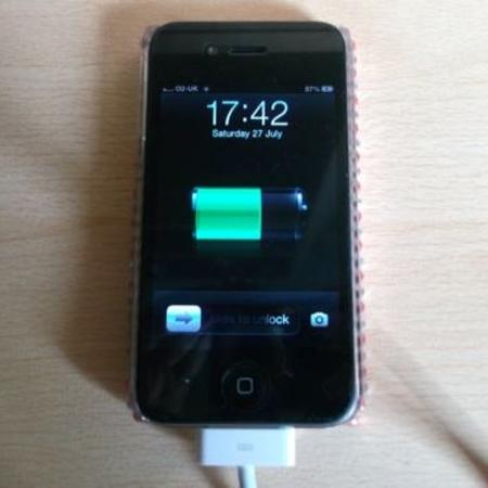 Apple IPhone 4 16gb O2 network new... for sale  Canada