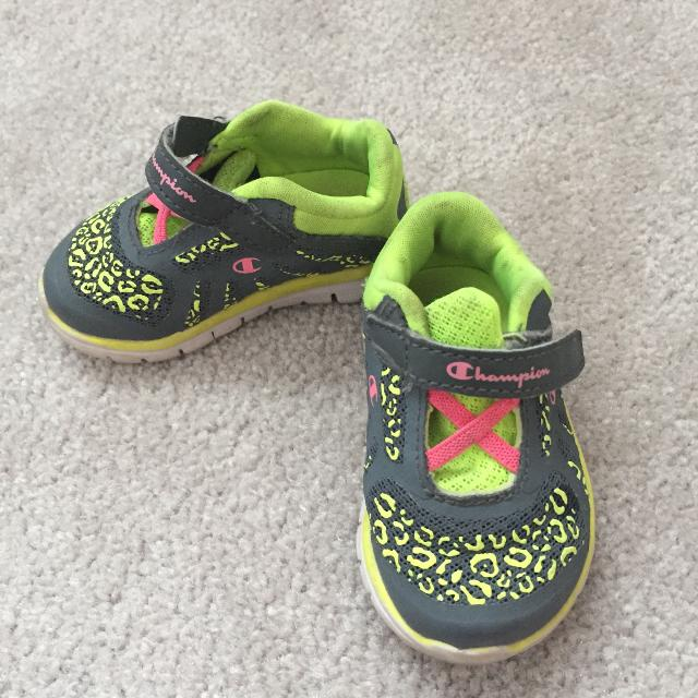 64e404e8588 Find more Champion Running Shoes Size 3w for sale at up to 90% off
