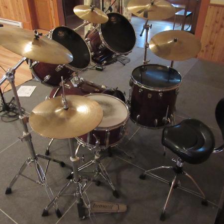 Drum : set, kit, shell