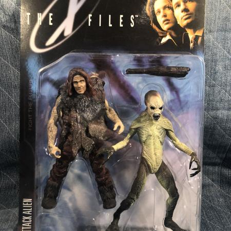 X Files Fight the Future alien and..., used for sale  Canada