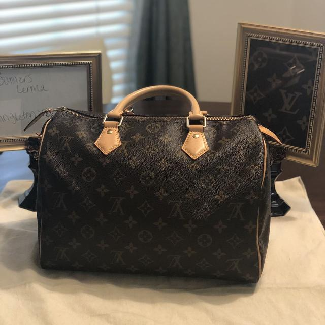 dbce886ab094 Find more Authentic Louis Vuitton for sale at up to 90% off