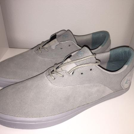 Es Footwear for sale  Canada