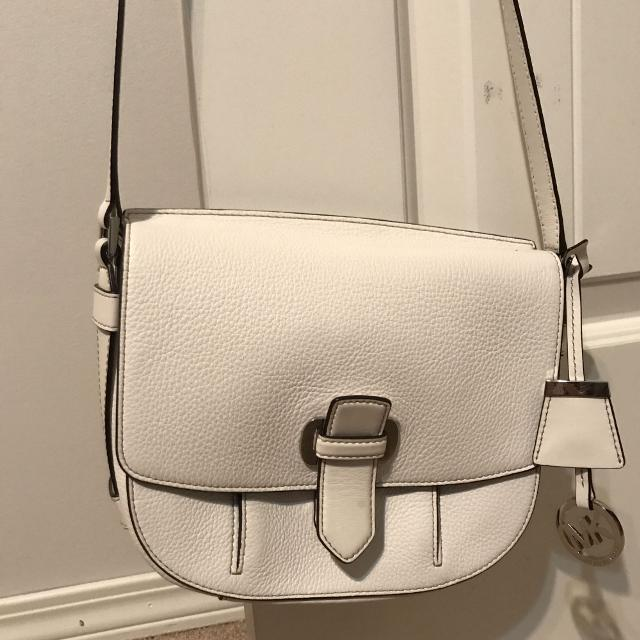 63c83174fe64 Find more Michael Kors Crossbody Bag for sale at up to 90% off