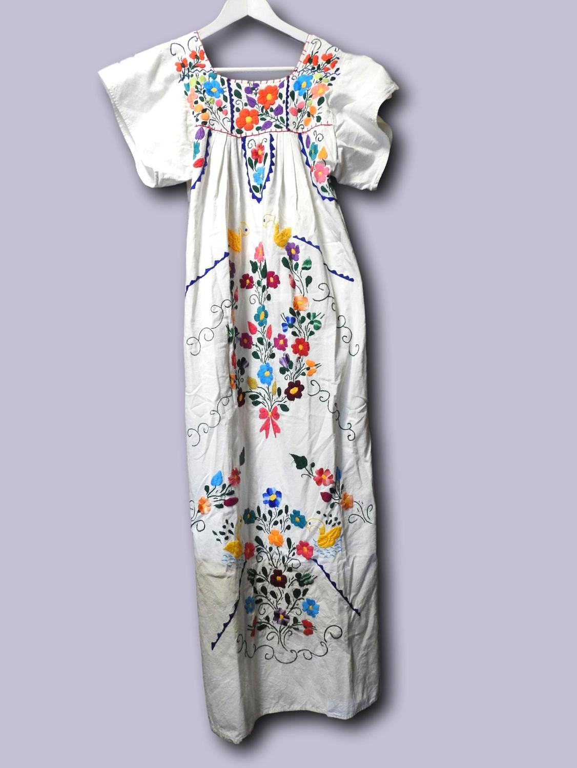 1af8b11d2974c Find more Vintage Long Mexican Dress Hippie Maxi Chic Hipster ...