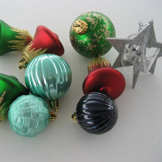 To View, Click On The Photo To Open It Up. Christmas Ornaments Including A Unique 3d Star. Euc. Sf/pf Home. for sale in Airdrie, Alberta for 2019