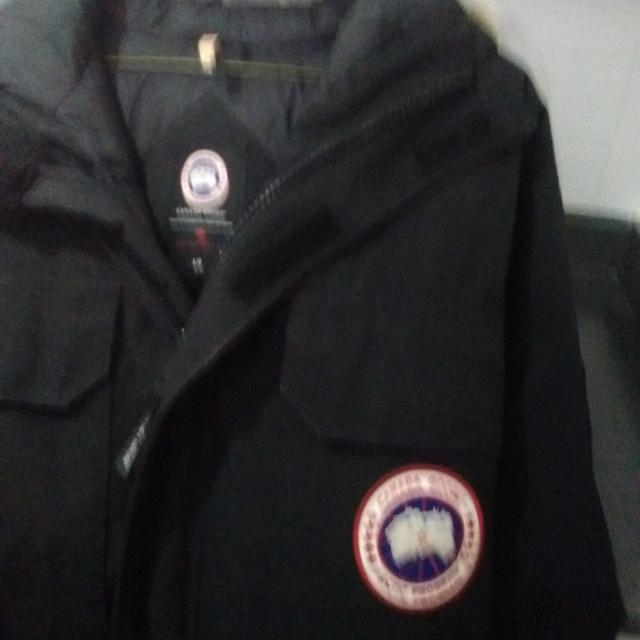 6bddd64cf66 Find more Canada Goose Mans Coat for sale at up to 90% off ...