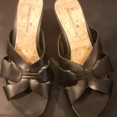 Ladies shoes, 3pair are 8 1/2, silver... for sale  Canada