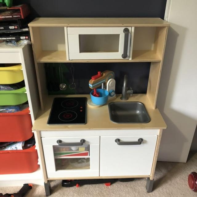 Ikea play kitchen with accessories