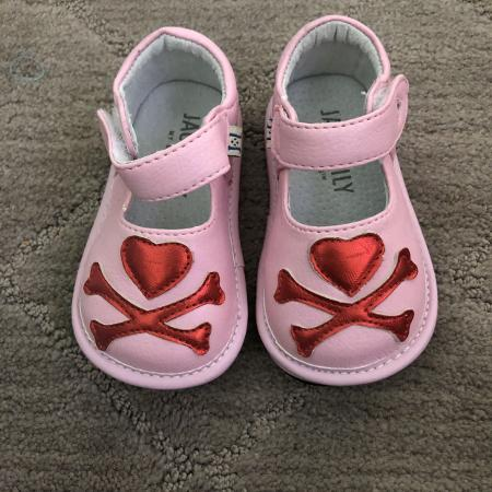 8a80ec899df Best New and Used Baby   Toddler Girls Shoes near Corona