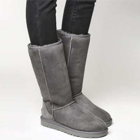Ugg Classic Tall II Boots - US 5 for sale  Canada