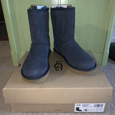UGG Classic Short for sale  Canada