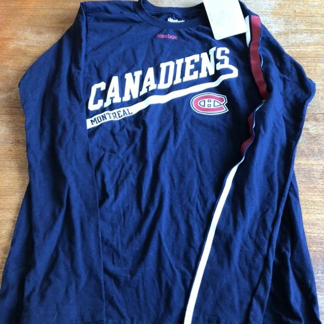 newest e18f8 b530e Navy blue Montreal Canadiens Habs long sleeve shirt - brand new with tags