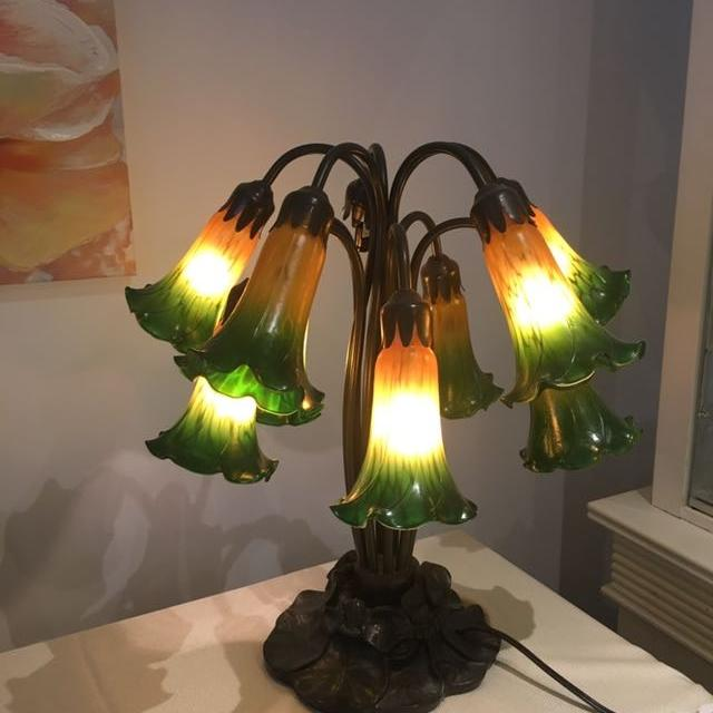 Tiffany Lily Lamp Lower Price 100