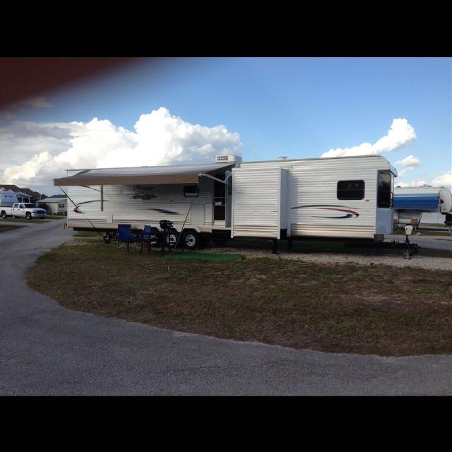 Best 2013 premier elite 45 ft 4 slide out 2 bedroom fully load rv 2013 premier elite 45 ft 4 slide out 2 bedroom fully load rv must sell no sciox Gallery