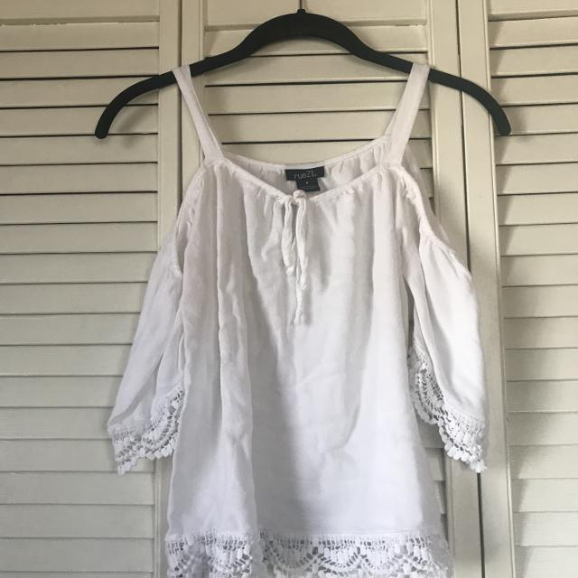 fdc58cd829052 Find more Rue 21 Cold Shoulder Top