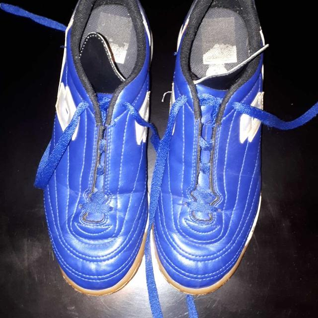 71c733b35150 Find more Soccer Shoes Size 6 Indoor Turfgrass for sale at up to 90% off