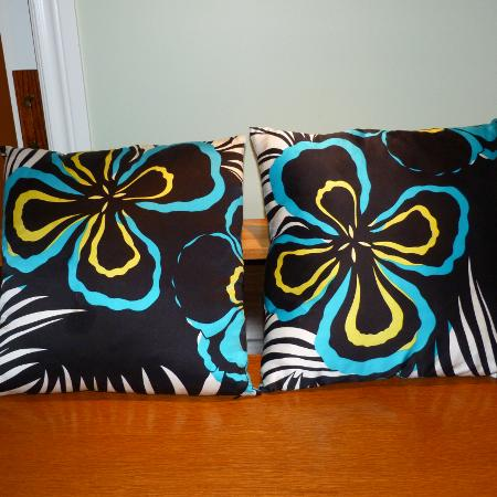 Gorgeous 100%  Silk Pillow Covers and..., used for sale  Canada