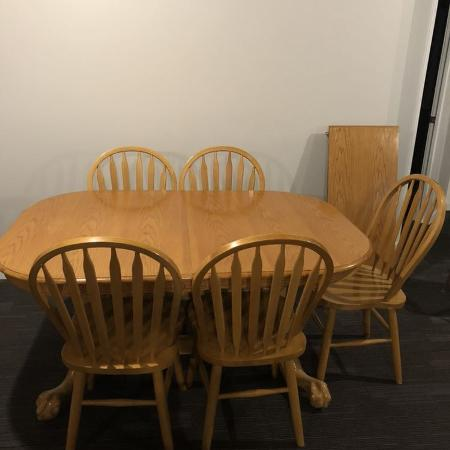 Solid oak dining table and chairs, used for sale  Canada