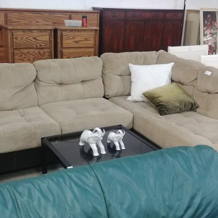 L shape couch for sale  Canada