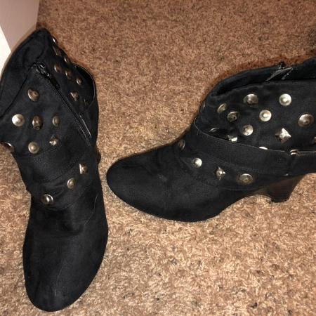 17c09175aa7d Best New and Used Women s Shoes near Minot