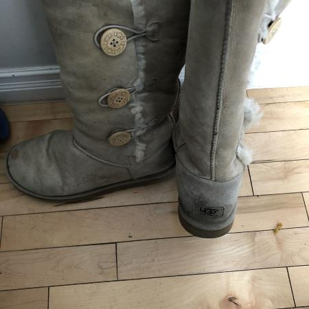 Women authentic UGG Bailey button boots for sale  Canada