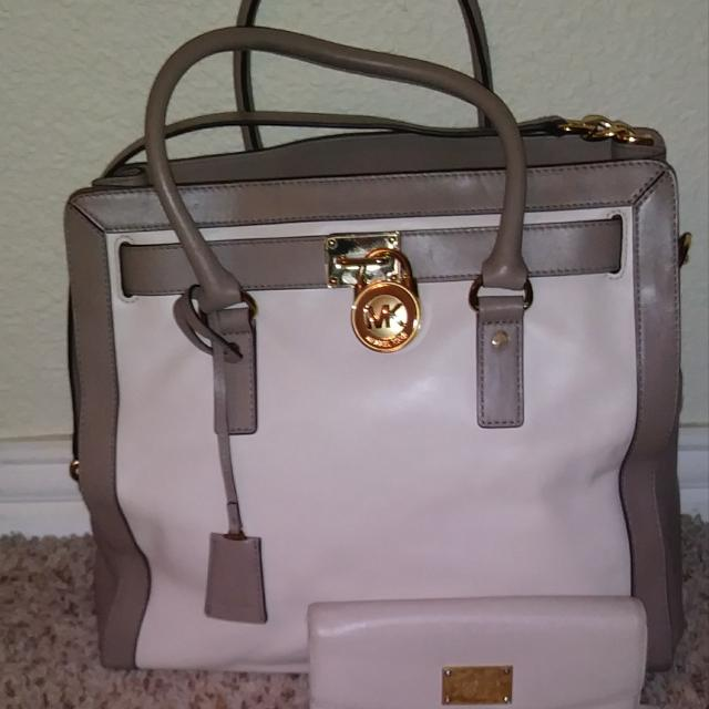 7b1a05794cbe Best Authentic Mk Hamilton Bag And Wallet for sale in Brazoria County, Texas  for 2019