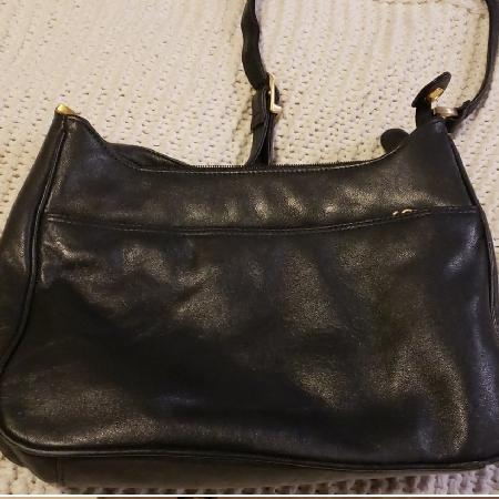 e4869ee5c0b9 Best New and Used Women s Purses